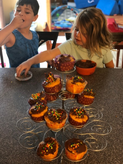 Decorating the cupcakes